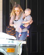 http://img25.imagevenue.com/loc103/th_455206386_Hilary_Duff_out_and_about_Beverly_Hills3_122_103lo.jpg