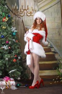 http://img25.imagevenue.com/loc103/th_531651172_silver_angels_Sandrinya_I_Christmas_1_105_123_103lo.jpg