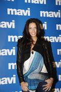 Адриана Лима, фото 5690. Adriana Lima Mavi Jeans Press Conference in Istanbul MAR-8-2012, foto 5690