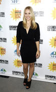 http://img25.imagevenue.com/loc116/th_29055_kristen_bell_practice_safe_sun_awards_luncheon_01_122_116lo.jpg