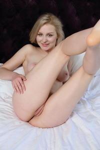 [Image: th_644407893_Kery_m_a_pleasure_1_122_214lo.jpeg]