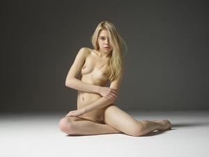 Margot - Young Spirit [Zip]x57q45vrdi.jpg