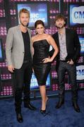 Hillary Scott @ CMT Music Awards (2010-06-09)