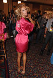 th_97201_fashiongallery_VSShow08_Backstage_AlessandraAmbrosio-67_122_778lo.jpg