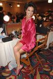th_20567_fashiongallery_VSShow08_Backstage_AdrianaLima-10_122_829lo.jpg