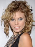AnnaLynne McCord Don't normally like night-time soaps. But occasionally they do offer up nice eye candy. Foto 40 (АннаЛинн МакКорд Как правило, не хотели ночное время мыл.  Фото 40)